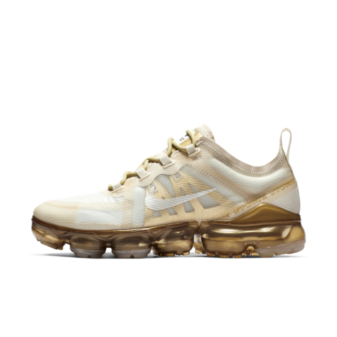 Nike Air VaporMax 2019 'Metallic Gold' zijaanzicht