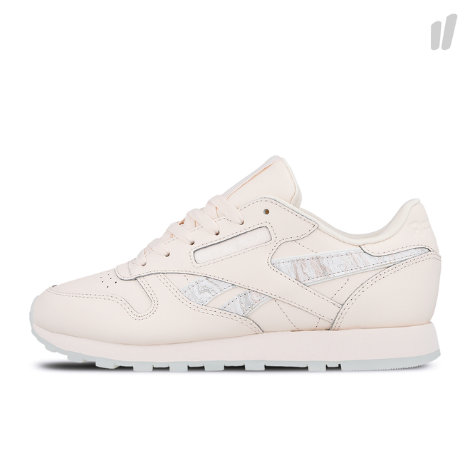 Reebok Wmns Classic Leather | DV3729 | Sneakerjagers