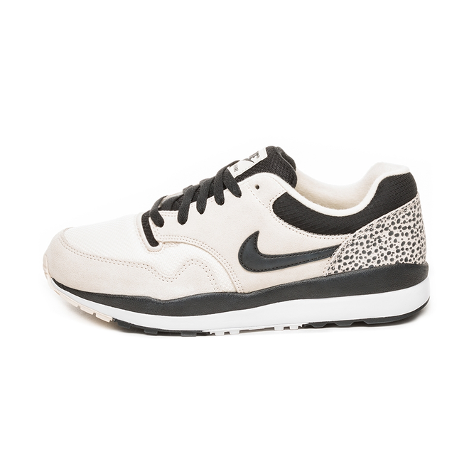Nike Air Safari (Light Cream / Black - White)