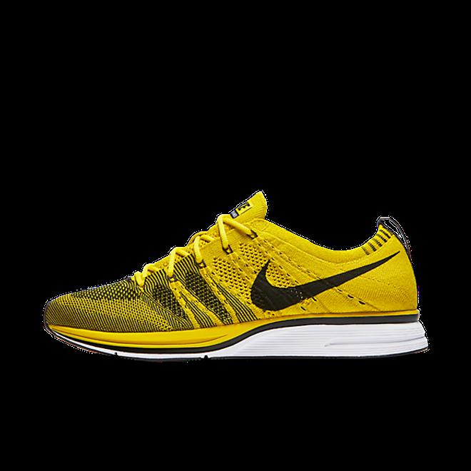 Nike Flyknit Trainer Bright Citron zijaanzicht