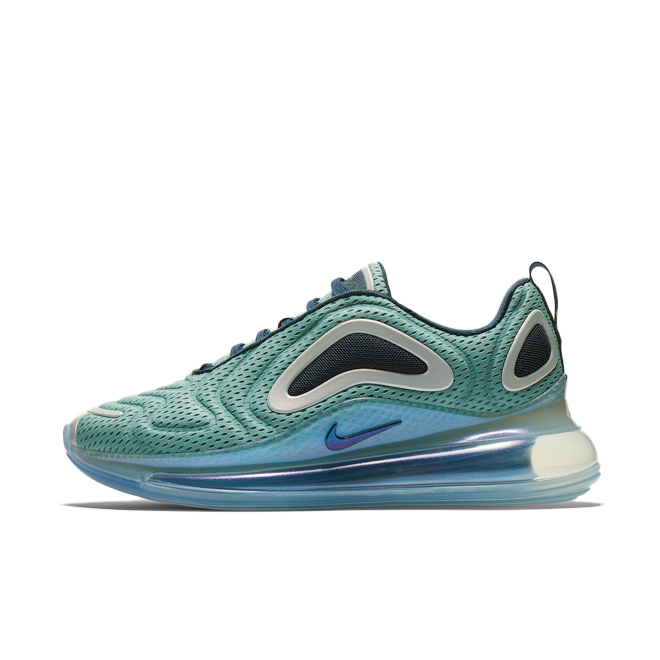 Nike Air Max 720 'Northern Lights Day' zijaanzicht