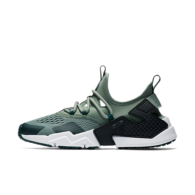 nike air huarache black and green