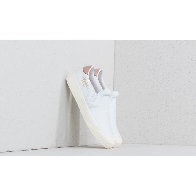 adidas Everyn Slip-on Ftw White/ Ftw White/ Ash Peach