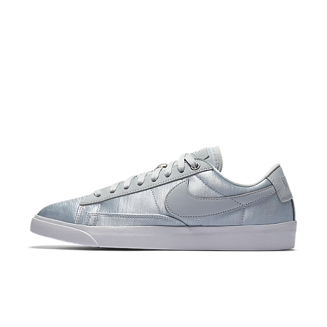 Nike Blazer Low SE W Pure Platinum/ Pure Platinum