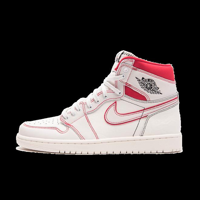 Air Jordan 1 'Sail University Red' zijaanzicht