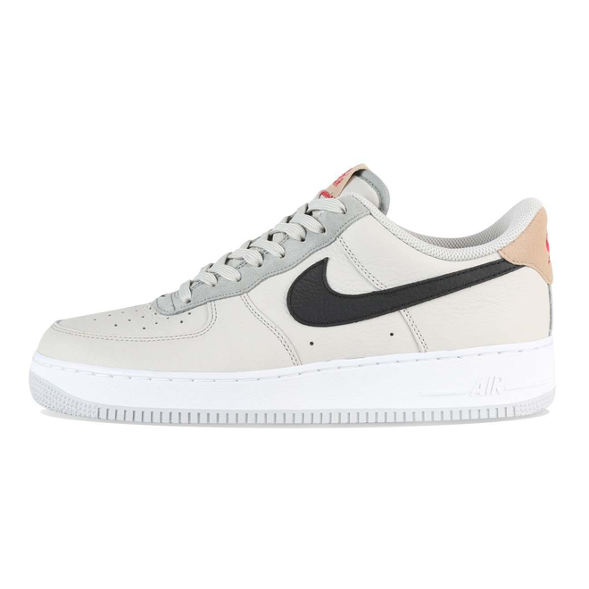 Nike Air Force 1 07 Light Bone / Black / Mica Green