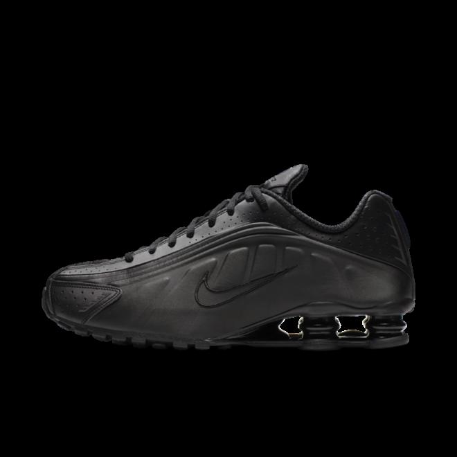 Nike Shox R4 'Triple Black'