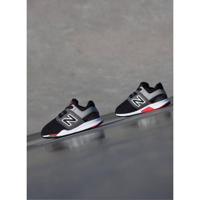 New Balance 247 Black/Red TS