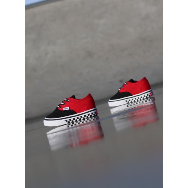 Vans Authentic Black/Red/Logo TS