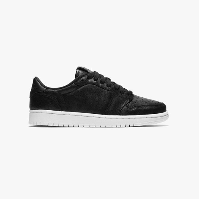 Jordan Brand Air Jordan 1 Retro Low No Swoosh