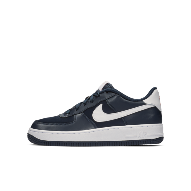 Nike Air Force 1 BG Valetine's Day 'Blue' zijaanzicht