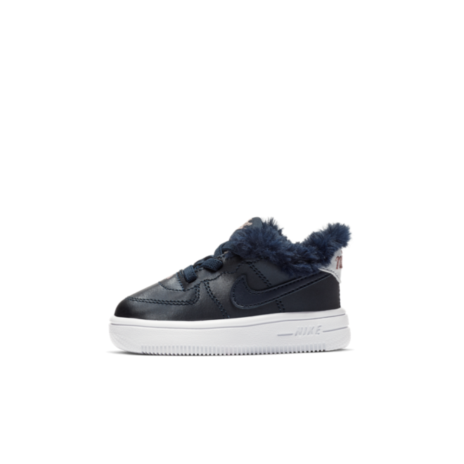 Nike Force 1 Valentine's Day 'Blue' zijaanzicht