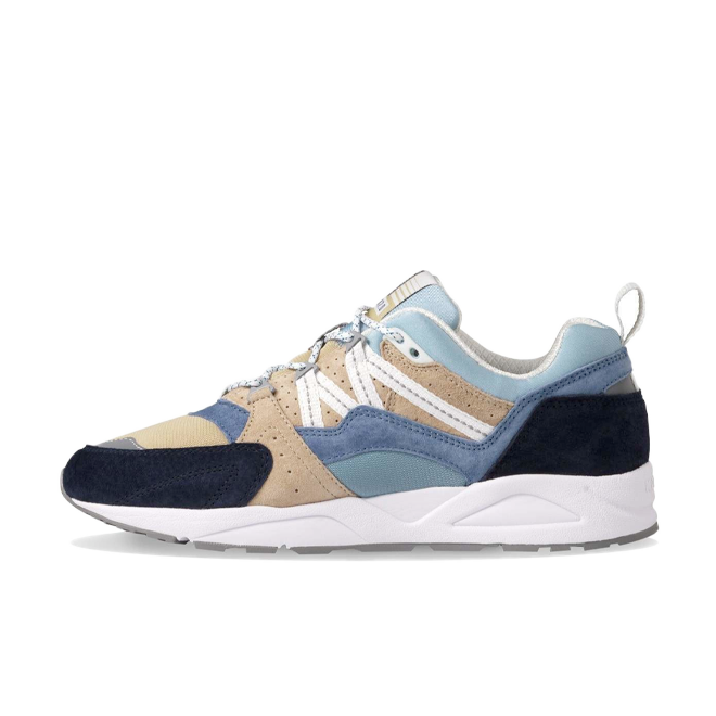 Karhu Fusion 2.0 Monthless Pack 'Moonlight Blue' zijaanzicht
