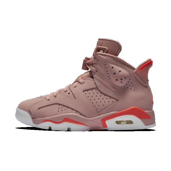 Aleali May x Air Jordan 6 'Rust Pink' zijaanzicht