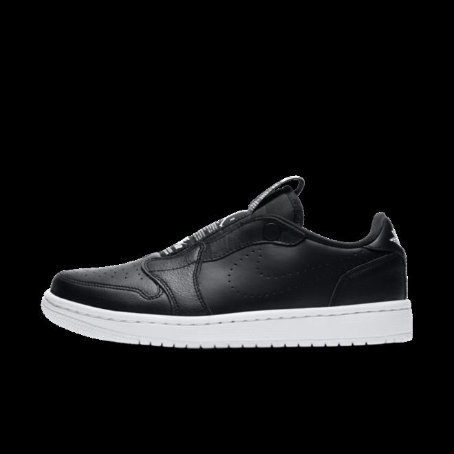 Air Jordan 1 WMNS Retro Low Slip-On 'Black' zijaanzicht