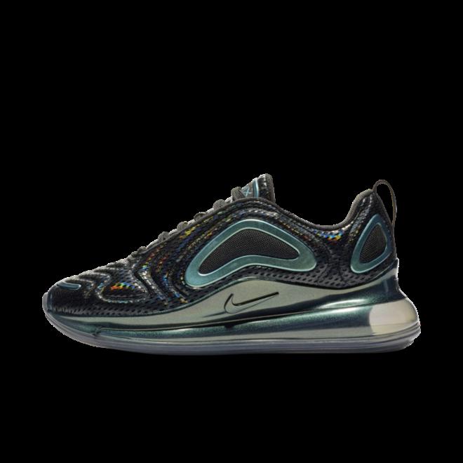 Nike WMNS Air Max 720 'Trowback Future' zijaanzicht