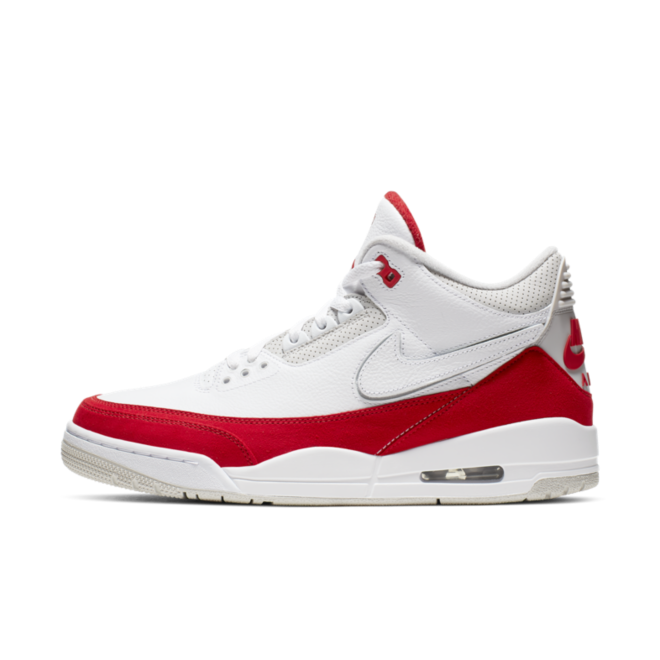 Air Jordan 3 Retro Tinker 'University Red' zijaanzicht