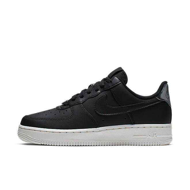 Nike Air Force 1'07 Essential
