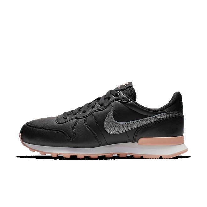 Nike Internationalist Premium