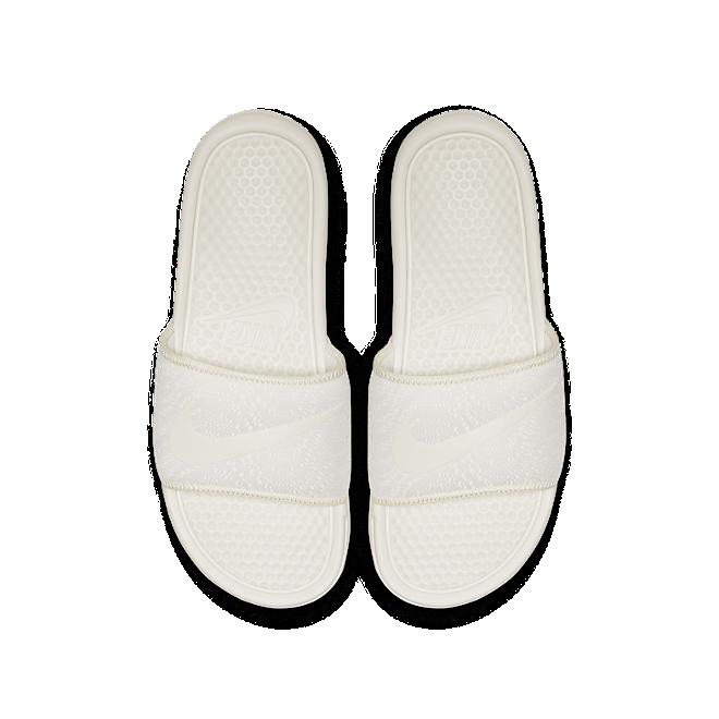 Nike Benassi JDI TXT SE
