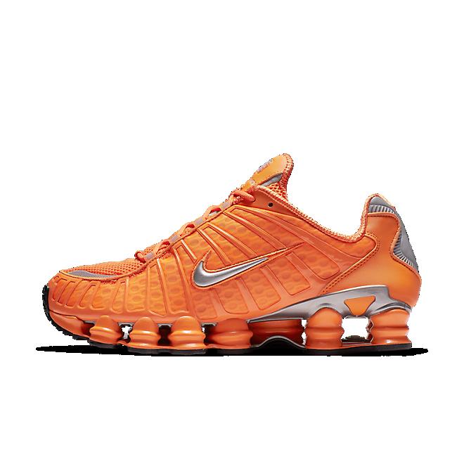 Nike Shox TL 'Total Orange' zijaanzicht