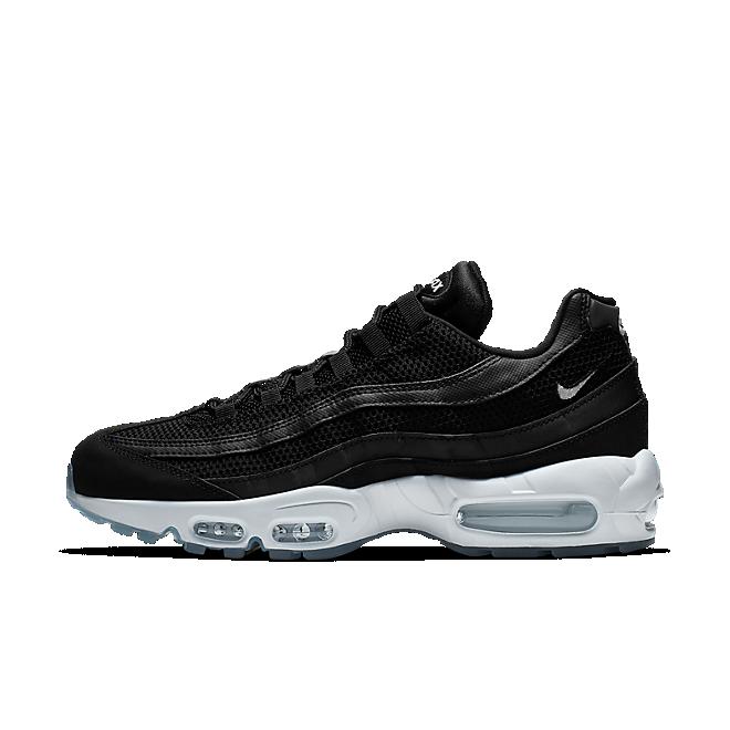 air max 95 essential black and white