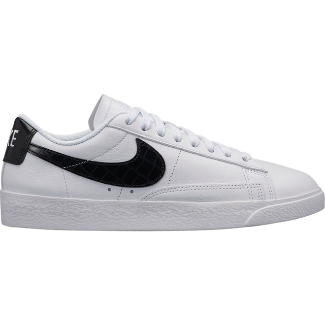 Nike Blazer Low Essential