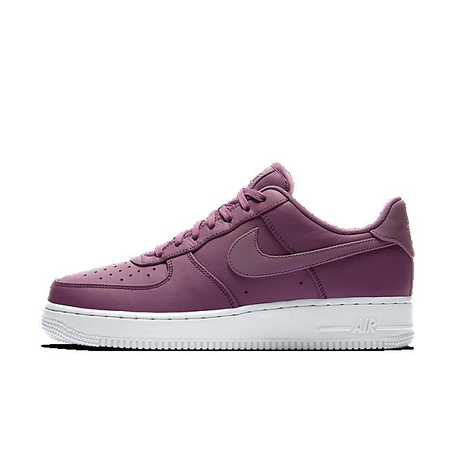 Nike Air Force 1 ´07 Premium zijaanzicht
