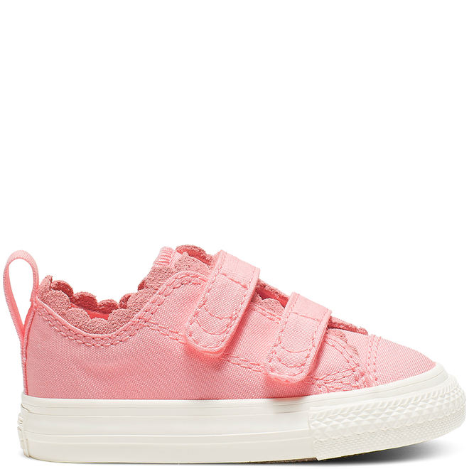Chuck Taylor All Star 2V Frilly Thrills Canvas Low Top