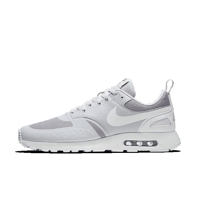 Nike Air Max Vision | 918230 010 | Sneakerjagers