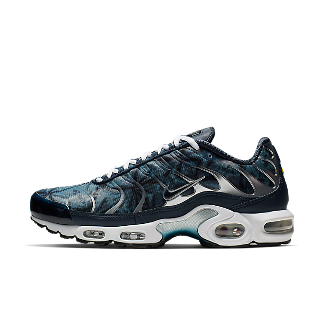 on sale 2f6af dce23 Nike Air Max Plus OG TN | CI2301-400